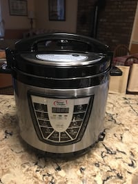 stainless steel and black slow cooker Strawberry Plains, 37871