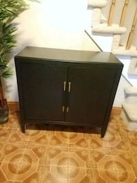 Brand New Accent Table / Cabinet Branchburg