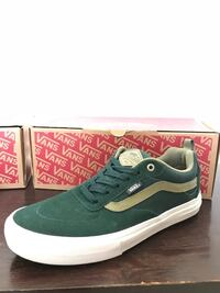 Vans 9.5 Moreno Valley, 92557