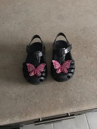 Crocs size 6 toddler girl sandal