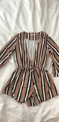 black and white striped long-sleeved shirt New Westminster, V3M