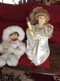 Two white and brown dressed porcelain dolls ESSEXJUNCTION