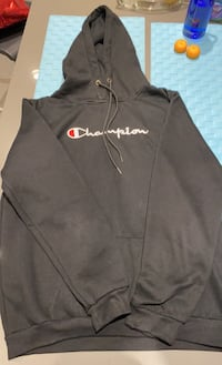 Champion hoodie size M Greater Vancouver, V6S