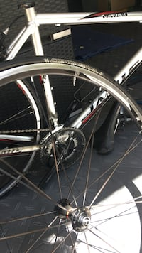 Jamis Pro Competition Bicycle w/ NICE wheel set, tires and high end shimano components