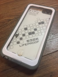 Lifeproof Case iPhone 6 (includes charger) Edmonton, T6H