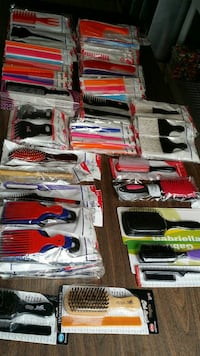 assorted color hair brushes Upper Marlboro, 20772