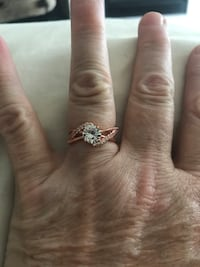 Size 7 ladies rose gold filled and cubic zirconium  ring Barrie, L4M 6J3