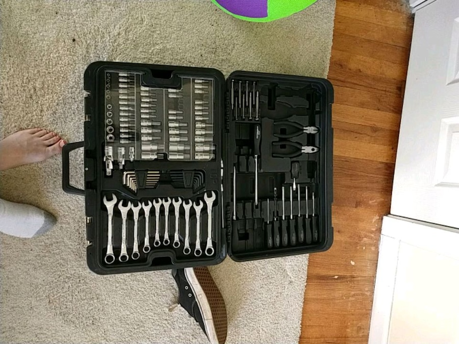 Photo Barely used tools