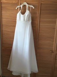 Wedding Dress Size 14. Band new with tag. Excellent condition Miami, 33131