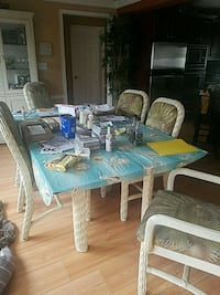 rectangular glass top table with four chairs dining set Harford County, 21085