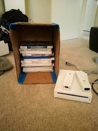 Wii with gamesNcontrolers Tall Timbers, 20690