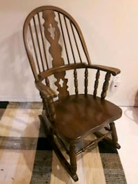 Antique wooden rocking chair London, N6K 2G7