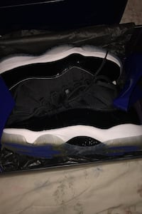 Retro 11 space jams size 10.5 Surrey, V3W 1S6