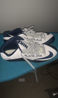 Football cleats Frederick, 21701