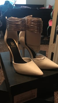 Pointed toe white and gold heel