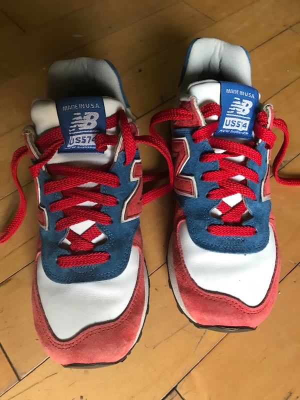 New Balance size 8 women's red white blue 9b05136f-8bcd-4a99-b1d5-09ace8eb0504