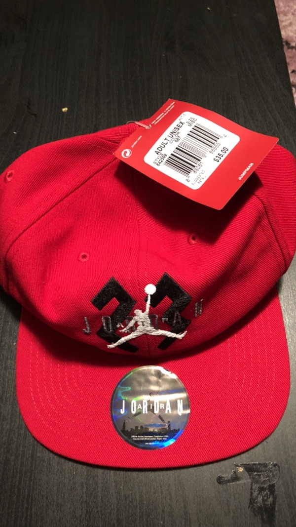efbeec9116ee8e Used red Air Jordan cap for sale in New York - letgo
