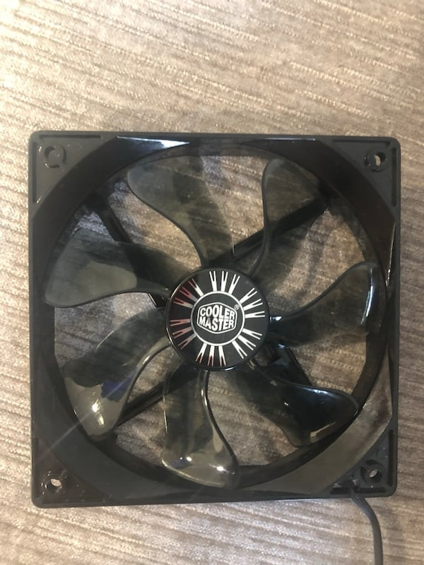 Gaming PC Case Fans f8a2915b-9412-4bb0-b725-e2630dd1afc6