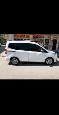 Ford Courier 2017 Tellidere