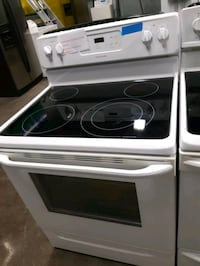 FRIGIDAIRE ELECTRIC STOVE WORKING PERFECTLY  Baltimore, 21201