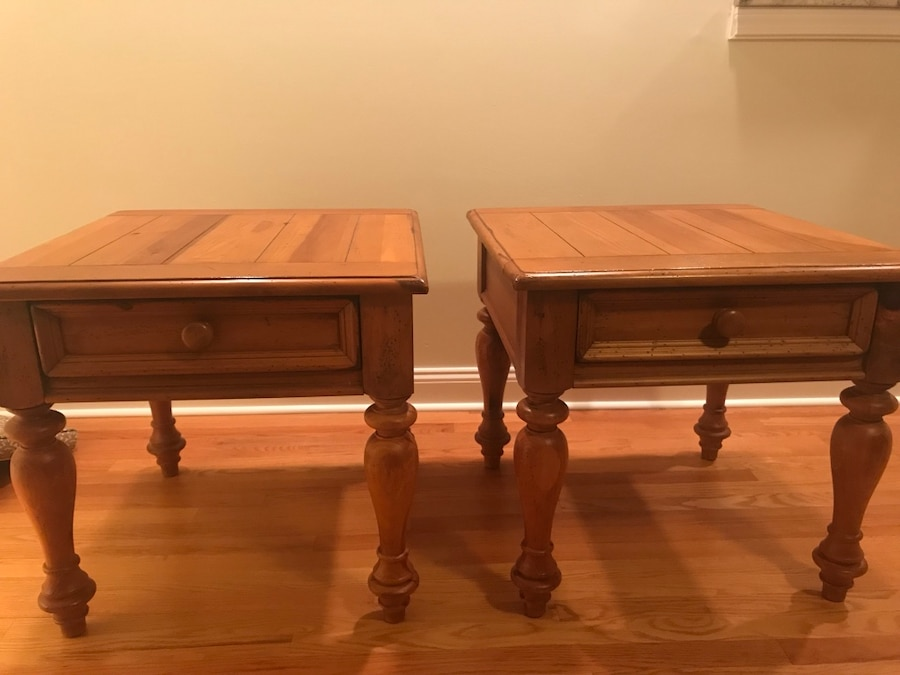 used 2 broyhill yorkshire market end side tables for sale in rh us letgo com