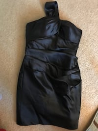 Dress size 12. doesn't fit anymore and was only used once.