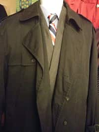 902305f0908 Used blue notched lapel suit jacket for sale in Thornton - letgo