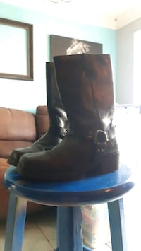 Never worn ladies FRYE Boots