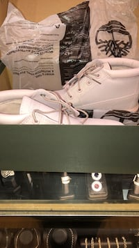 Limited Edition Low Top Light Pink Timberlands