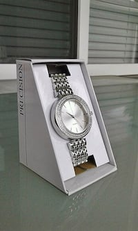 round silver analog watch with silver link bracelet Port Coquitlam, V3C 1Y6