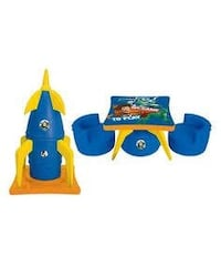 Toy story 2in1 Rocket and table