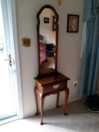 Console table with mirror and drawer