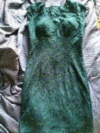 Women's size 8 dress Ottawa, K1V 8S3