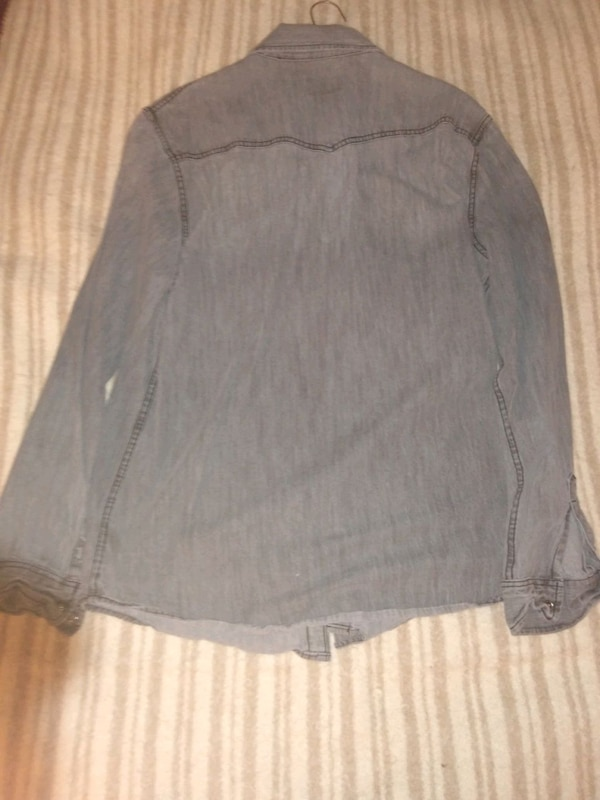 c0daf40a0b Used Mossimo shirt for sale in Boulder - letgo