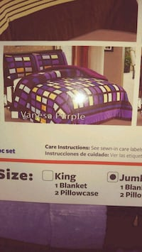 king size purple-and-black bedding set pack