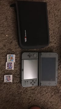 3ds xL brand new with 3 games. Pokémon y and moon. And animal crossing. Ds has stylist charger and original I'm opened screen protectors.