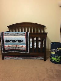 4 in 1 baby crib Fort Belvoir, 22309