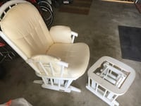 Glide R Rocking Chair. Ottoman / footrest missing cushion.  Woodstock