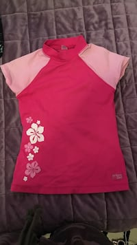 pink and white floral crew-neck cap-sleeved shirt Montréal, H3X 2T6