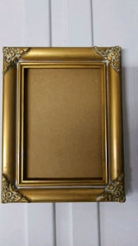 5x7 Wood Picture Frame London, N6H 3B2