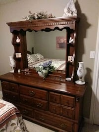 Dresser and Night table London, N6H 1V1