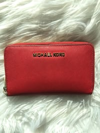red Michael Kors leather wristlet Bethesda, 20814