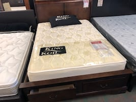 Double or queen drawer bed