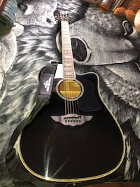 """Keith Urban 50-piece """"PLAYER"""" Acoustic Guitar & 30-Lesson Package - Rick Black Downey, 90241"""
