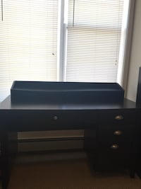 Brown wooden desk with drawers Halifax, B3N