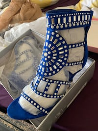 Blue and white heels  Rex, 30273