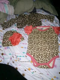 Baby girl outfit  Topeka, 66604