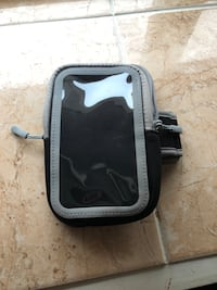 iPhone running holder  Vancouver, V5X 4B3