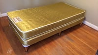 Single mattress with box spring Vaughan, L6A 2P5