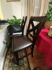 2 tall table / bar chairs moving must go asap Alexandria, 22314